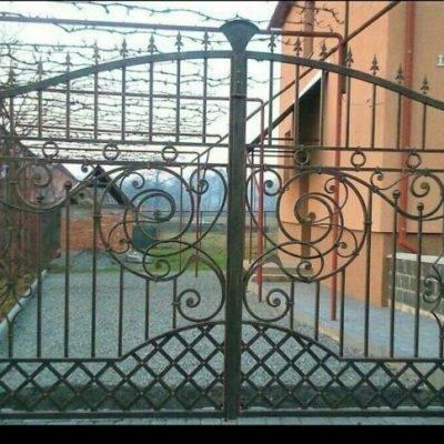 Кованые ворота V-8