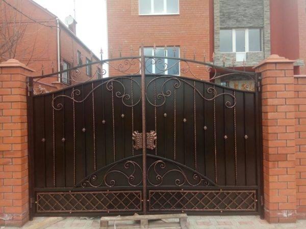 Кованые ворота V-9