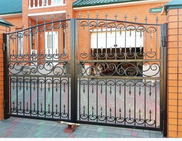 Кованые ворота V-17