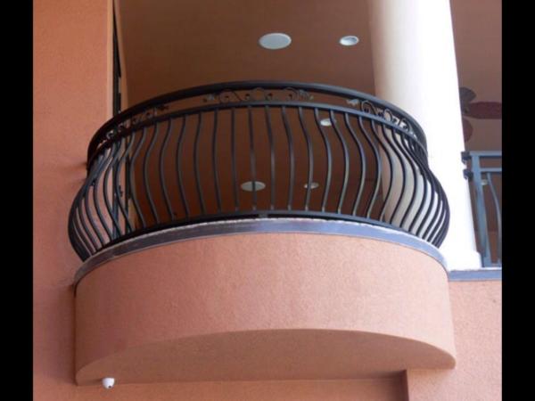 Кованые балконы Б8