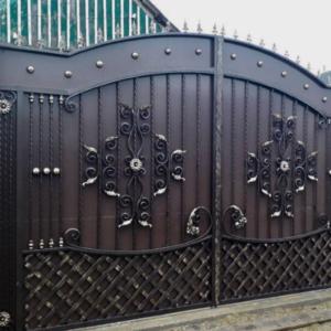Кованые ворота V-12