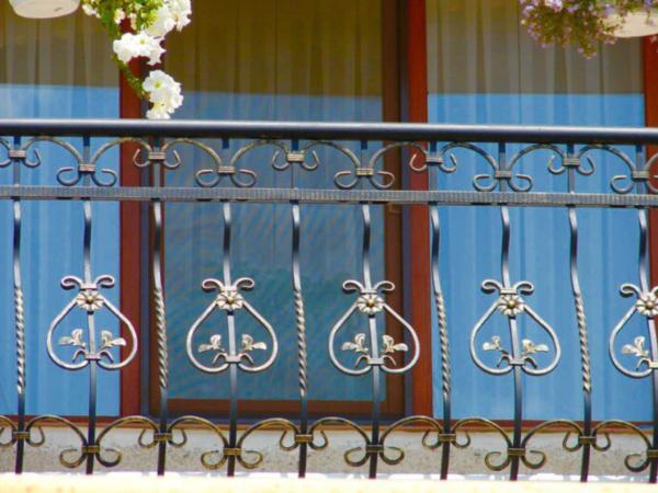 Кованые балконы Б18
