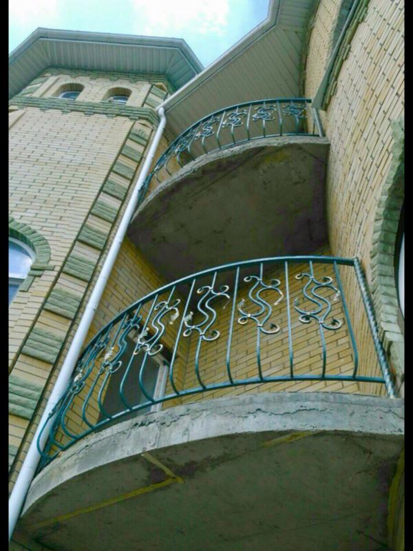 Кованые балконы Б22