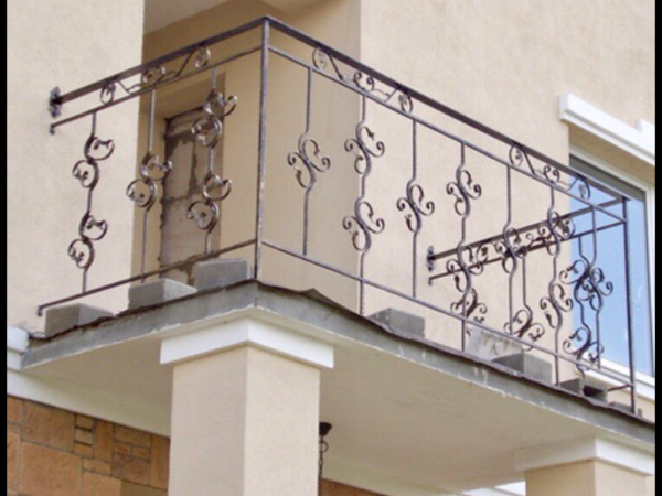 Кованые балконы Б38