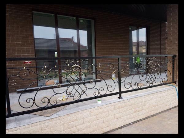 Кованые балконы Б52