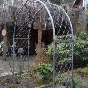 Кованая садовая арка А-3
