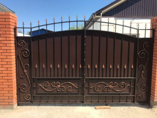 Кованые ворота V-105