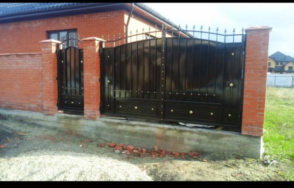 Кованые ворота V-103