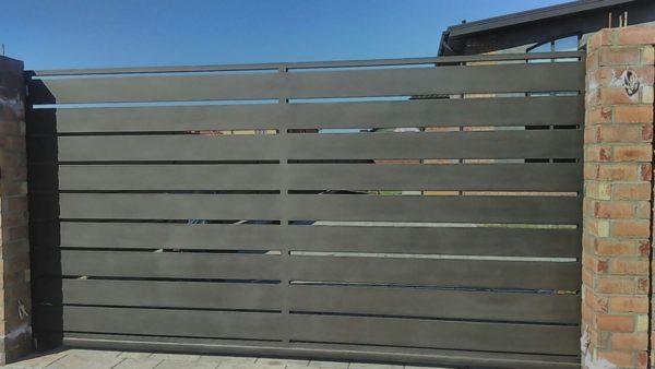 Кованые ворота V-82