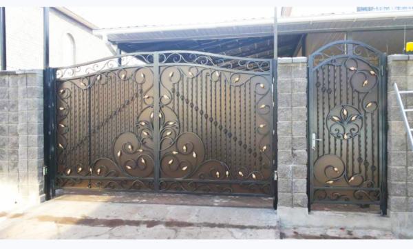 Кованые ворота V-90