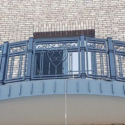 Кованый балкон б77
